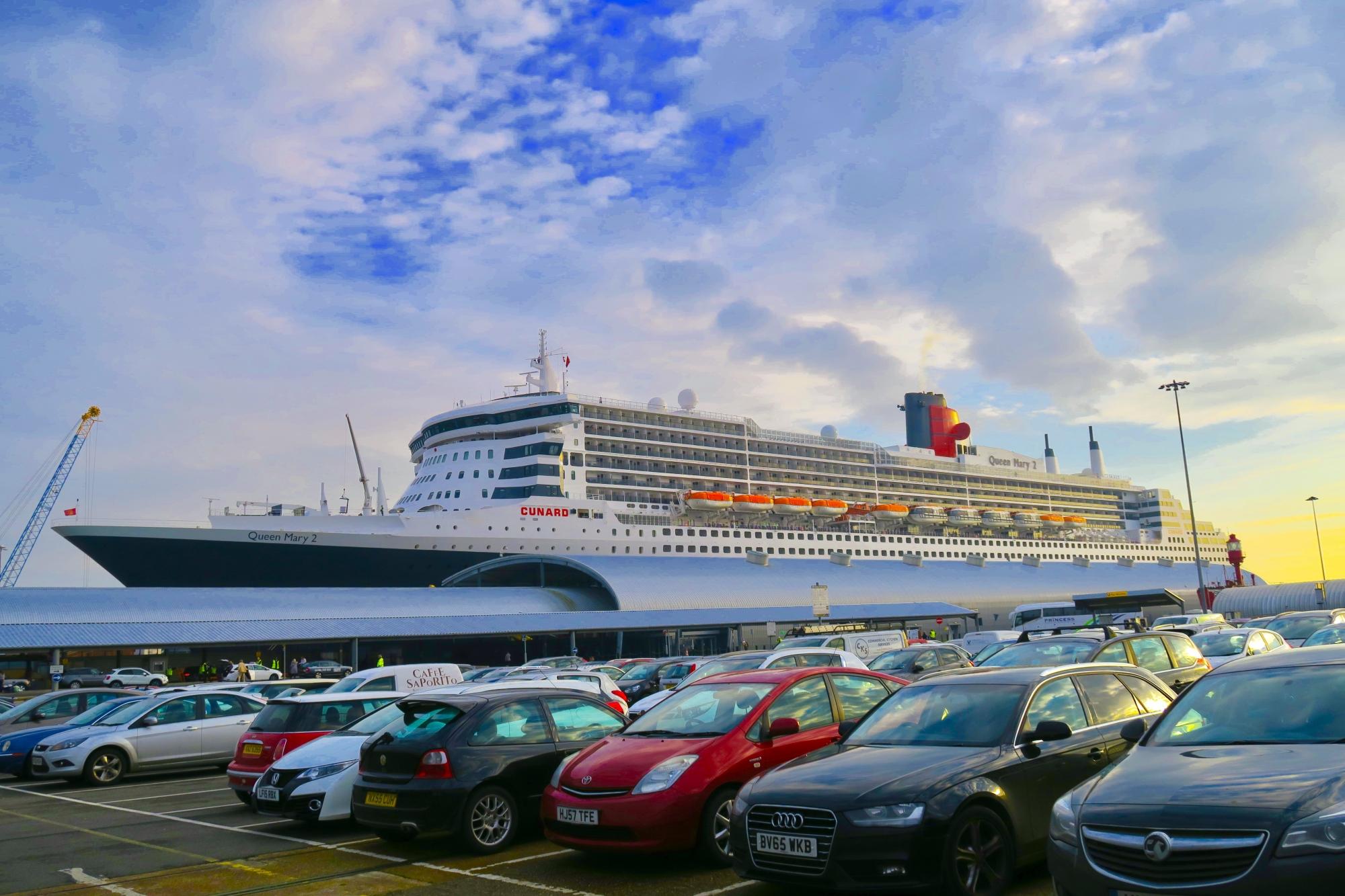Book Luxury Cruise Holidays with Luxury Worldwide Collection