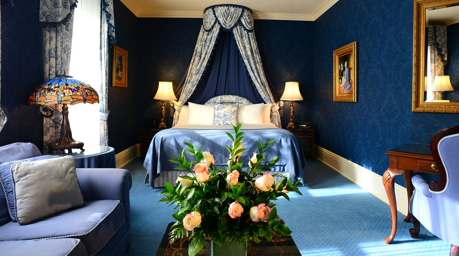 Get Comfortable Staying Experience By Staying At Luxury Hotel